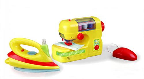 Швейная машинка с утюгом 08-017